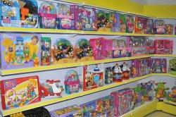 Наощупь по игрушечному раю