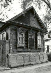 «Попросят показать первый дом, старые улочки... А нету»