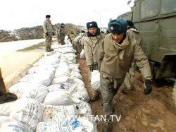 Сильные паводки в Казахстане привели к жертвам - в одном из сел нашли 20 тел
